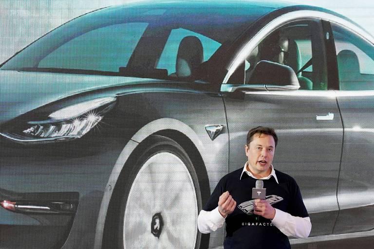 Elon Musk, presidente da Tesla Inc, durante um evento de entrega de carros em sua fábrica em Xangai, China, em janeiro de 2020