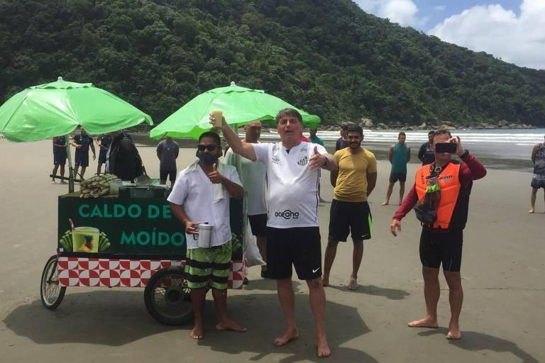 Bolsonaro provoca aglomeração de banhistas na Praia Grande