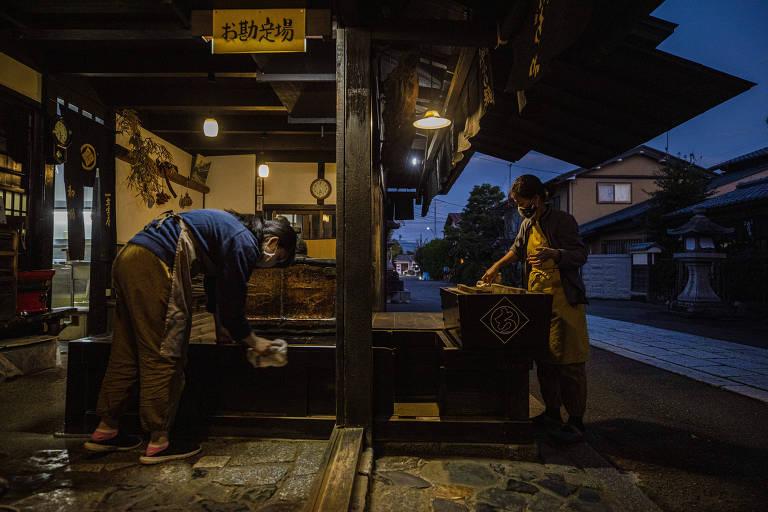 Loja milenar no Japão já enfrentou pragas, guerras e queda de impérios