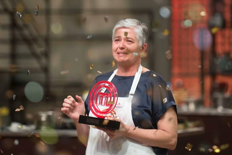 Anna Paula, 49, foi a vencedora do 2º episódio e a grande campeã do MasterChef Brasil 2020