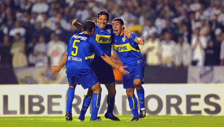 A carreira de Tevez, do Boca à Europa e o retorno à Bombonera