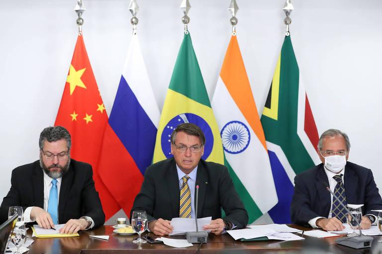 Brasil deixa de pagar banco do Brics e governo acusa Congresso