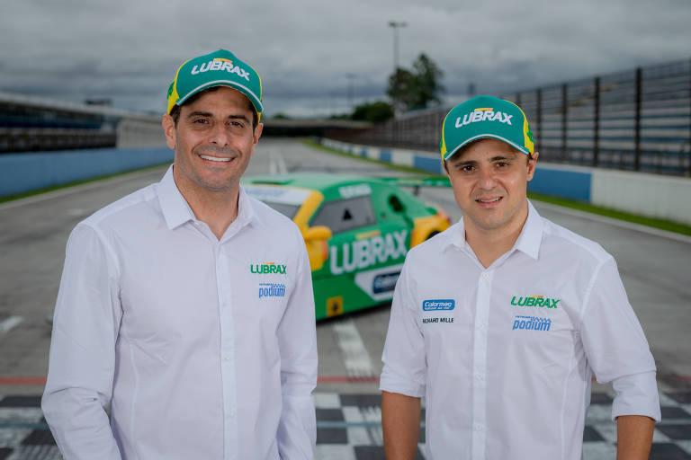 Felipe Massa (à dir.) ao lado de Julio Campos, que será companheiro do ex-piloto de F1 na Stock Car