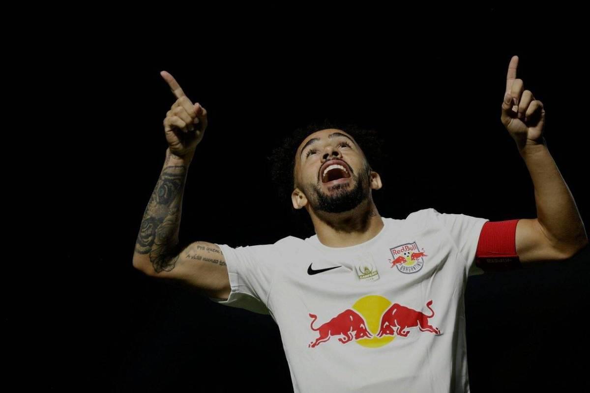 Menino da Vila e ex-Corinthians, Claudinho explodiu no Red Bull Bragantino