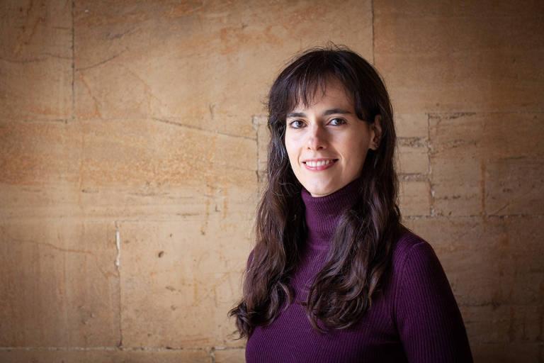 Retrato da professora Carissa Véliz