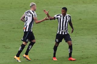 Brasileiro Championship - Sao Paulo v Santos