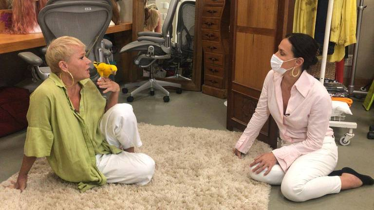 Carolina Ferraz e Xuxa para o Domingo Espetacular