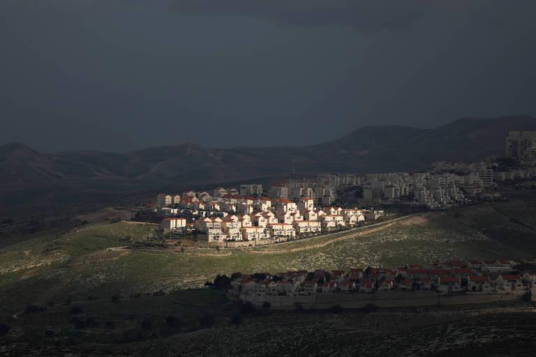 Às vésperas da posse de Biden, Israel ordena construção de 800 casas em assentamentos na Cisjordânia