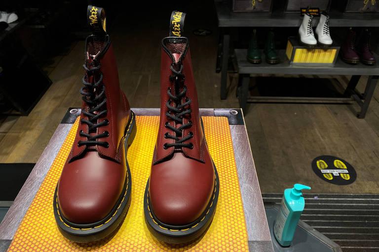 Marca de botas Dr. Martens quer entrar na Bolsa de Londres