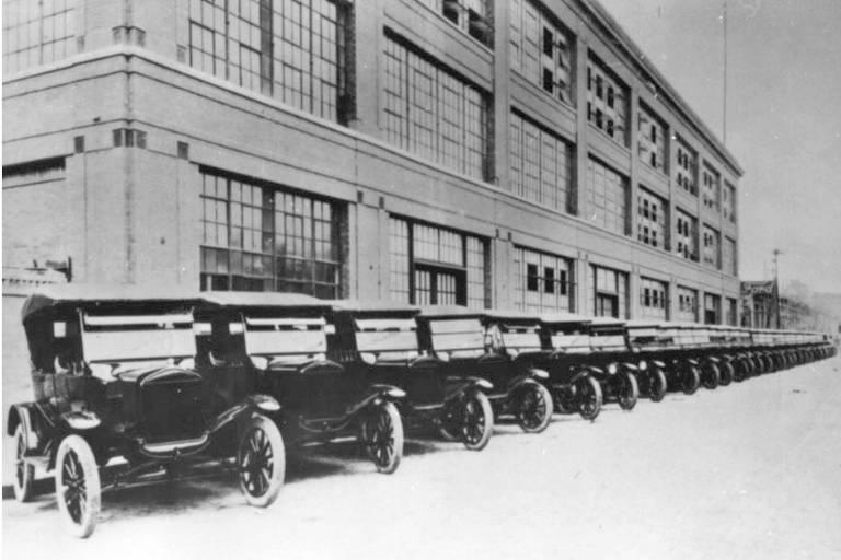 Ford fecha todas as fábricas no Brasil