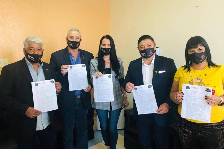 Os deputados do PDO Sargento Neri, Coronel Telhada, Letícia Aguiar, Márcio Nakashima e Adriana Borgo