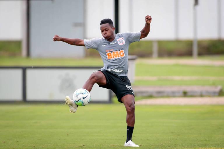 Após pausa estendida, Corinthians tenta retomar embalo contra o Fluminense