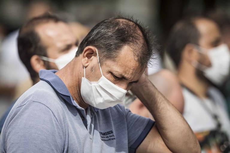 Trabalhadores da Ford de Taubaté protestam contra fechamento da montadora