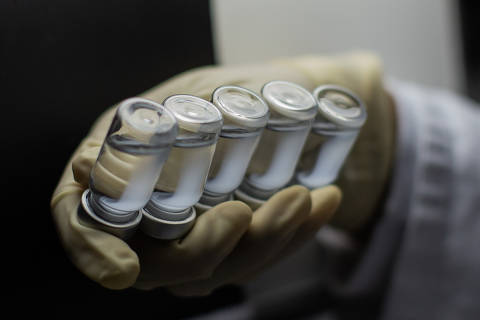 Brasil deve ter em janeiro doses para apenas 30% do público previsto na 1ª fase de imunização