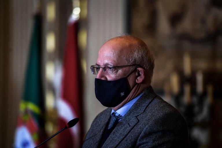 Ministro dos Negócios Estrangeiros, Augusto Santos Silva, durante uma coletiva de impensa em Lisboa
