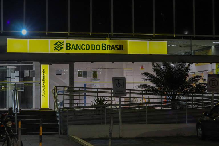 Não há lado bom no desemprego, nem na interferência de Bolsonaro no BB