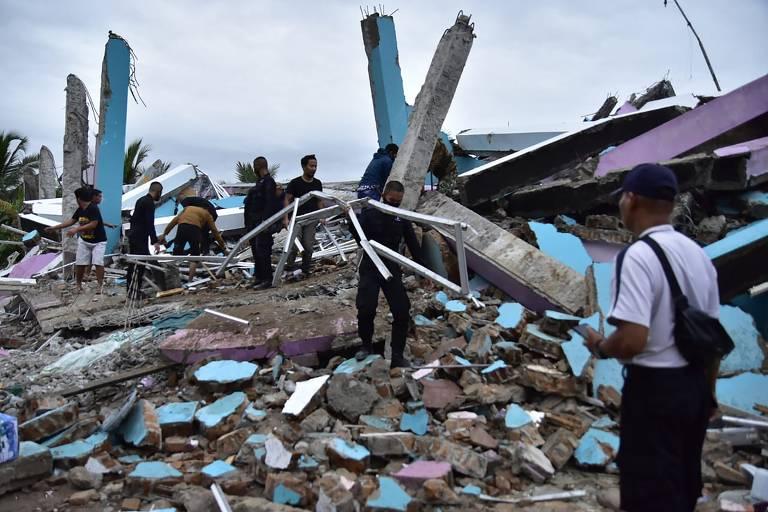 Terremoto de magnitude 6,2 atinge a Indonésia