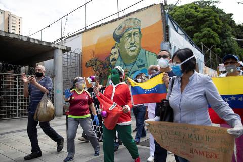 Oferta de oxigênio venezuelano para Manaus gera crítica de opositores de Maduro