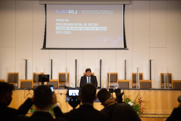 Novo chefe do MP-RJ não garante manter questionamento ao foro de Flávio Bolsonaro
