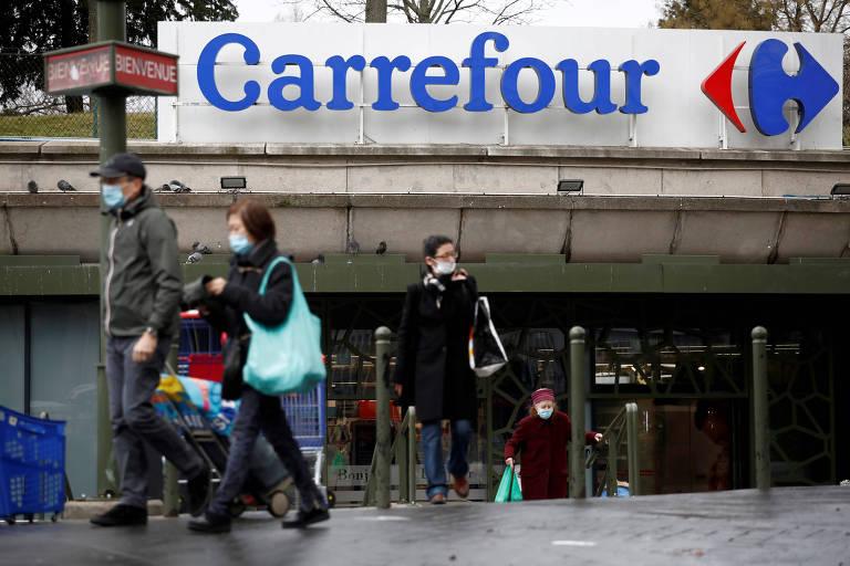 Carrefour encerra negociações de fusão com canadense, diz agência