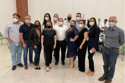 Ministério da Saúde gasta R$ 4.200 com viagem de cada médico de força-tarefa para disseminar cloroquina em Manaus