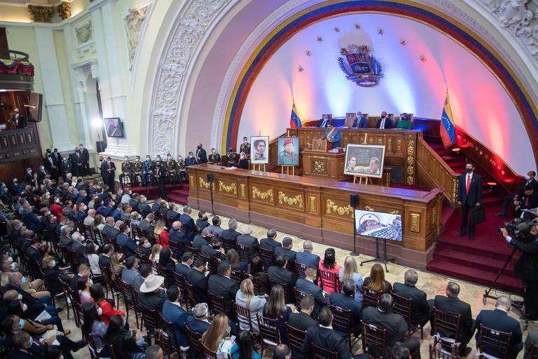 Nicolás Maduro na Assembléia Nacional, em Caracas