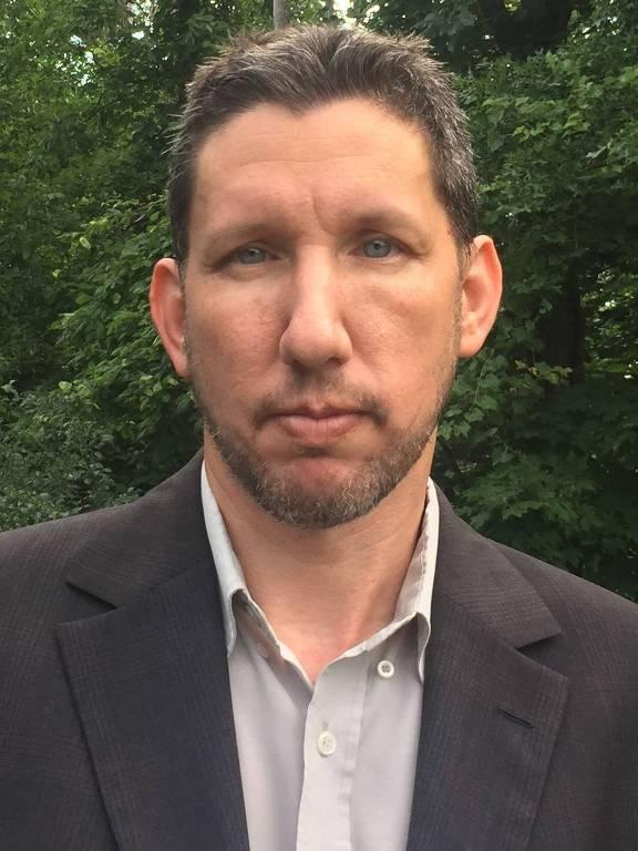 Arie Perliger, professor de criminologia e autor do livro 'American Zealots'
