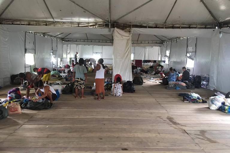 Abrigo público de venezuelanos em Manaus