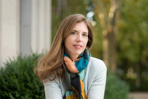 Professora titular de ciência política da Universidade Yale Hélène Landemore, 45; Landemore pesquisa democracia participativa e democratização do trabalho. (Foto: yale.edu/divulgação)