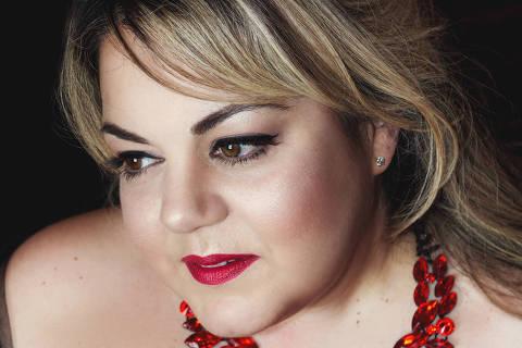 Há dez anos radicada em Londres, a soprano Gabriella Di Laccio criou plataforma para promover difusão de mulheres na música
