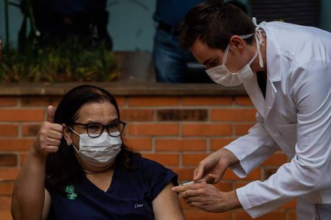 Estado de São Paulo ultrapassa 5.000 vacinados contra Covid-19