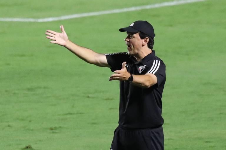 Contra o Internacional, São Paulo de Diniz chegou a quatro jogos sem vencer no Brasileiro