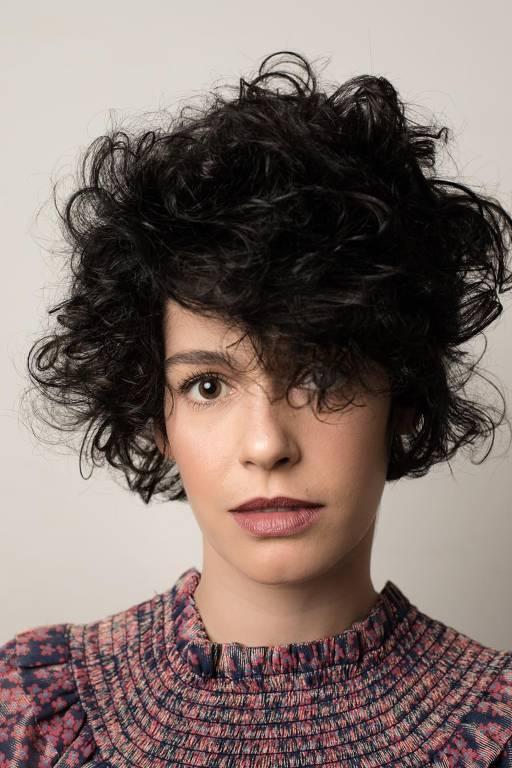 Imagens da atriz Maria Flor
