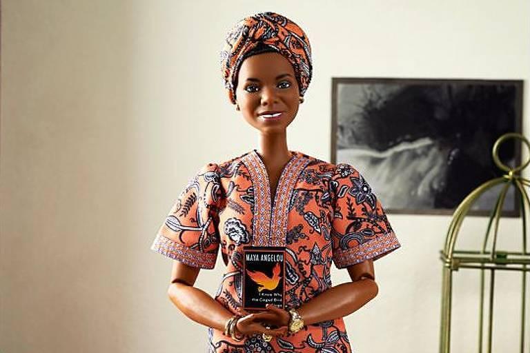 Maya Angelou é homenageada na linha de mulheres inspiradoras da Barbie