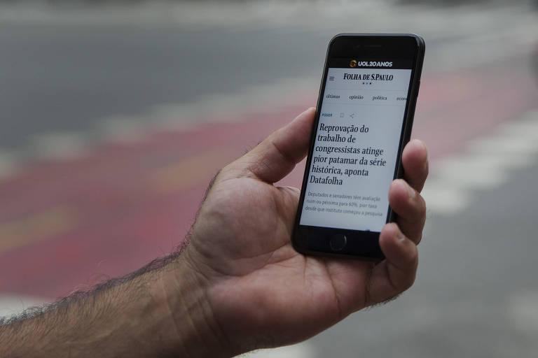 Aplicativo da Folha de S. Paulo para celular está disponível na App Store e na Play Store