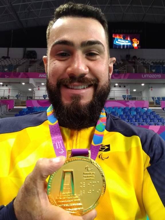 Daniel Yoshizawa, levantador e capitão da equipe de vôlei sentado do Sesi-SP e atleta da seleção brasileira