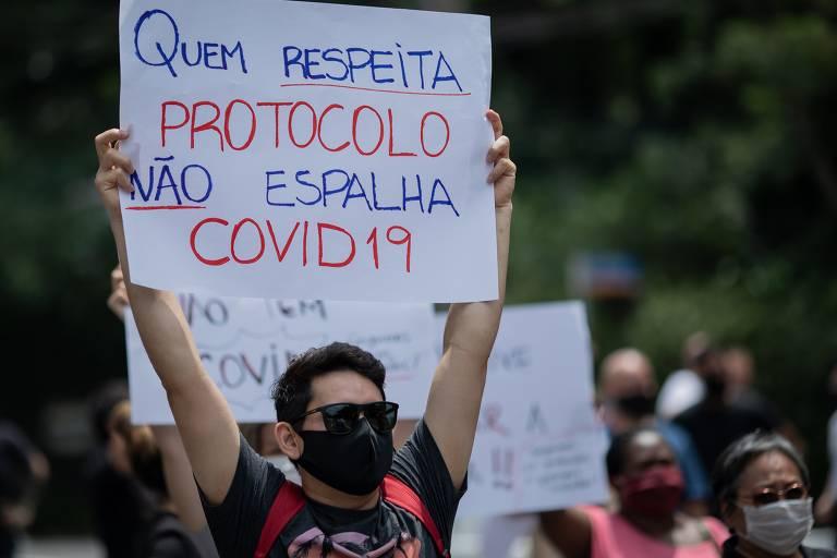 Proprietário de restaurantes protestam contra fase vermelha do Doria