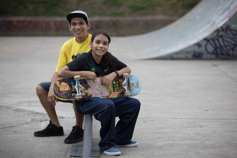 Daniela Vitória com seu pai, Whelkle, na pista de Ponta Negra, em Manaus