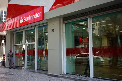 Bancos vão restringir entrada de clientes; veja o que pode abrir na fase vermelha em SP