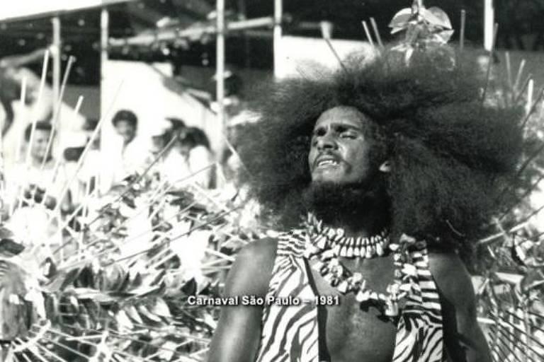 """O dançarino e ativista Nelson Triunfo, durante o carnaval de São Paulo de 1981, em imagem do documentário """"Ôrí"""""""