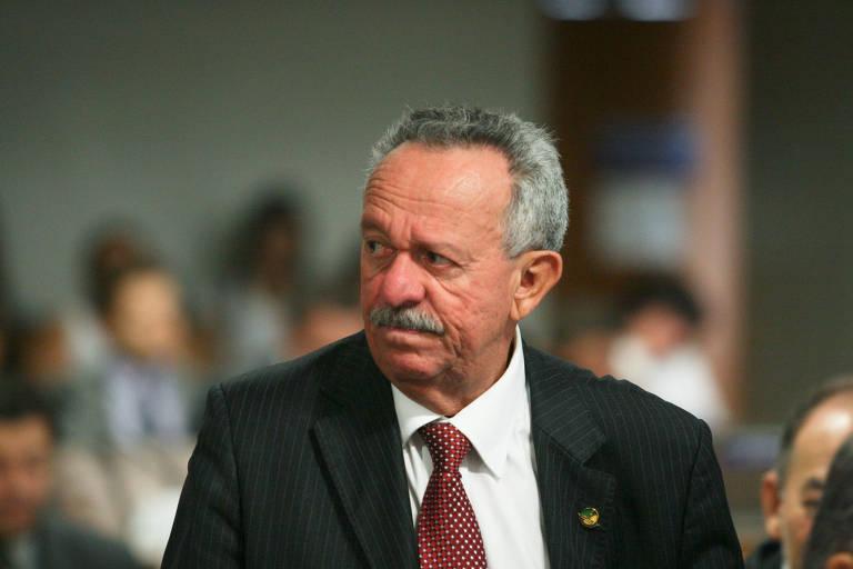 Benedito de Lira, em 2012, então senador