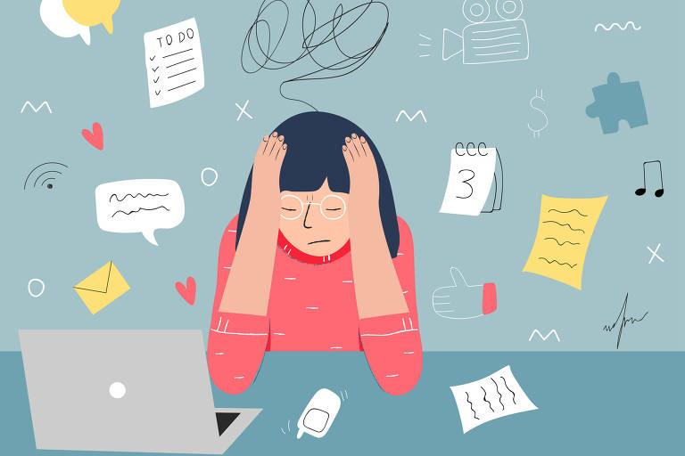 Ilustração de uma mulher na frente do computador com pequenos detalhes de atividades diversas em cima da cabeça dela, com expressão de sobrecarga