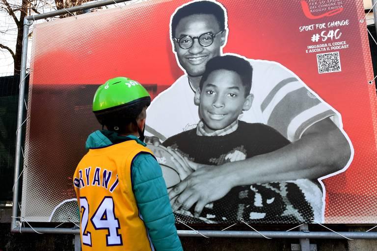 Árvore derrubada pela chuva em SP e praça em homenagem a Kobe Bryant na Itália; veja fotos de hoje