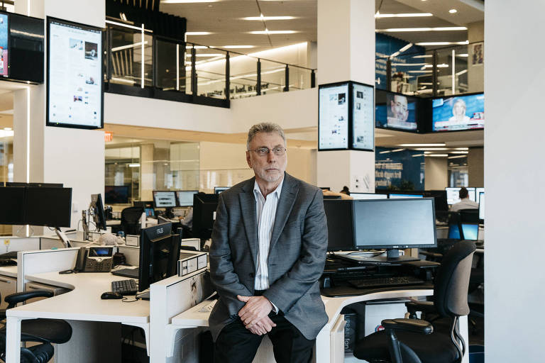 FILE -- Martin Baron, executive editor of The Washington Post, in the newspaper's newsroom in Washington, May 18, 2017. Baron will retire at the end of February, the publication announced Tuesday on Jan. 26, 2021. (Justin T. Gellerson/The New York Times)