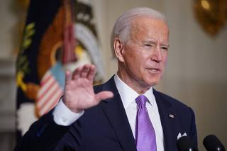 Biden delivers remarks on fight to contain pandemic