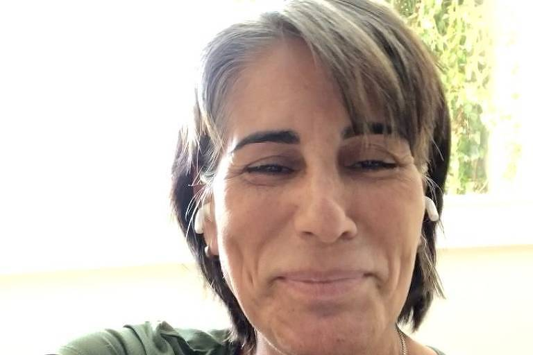 Processada por Glória Pires, 'Divas da Depressão' diz que não vende camisetas
