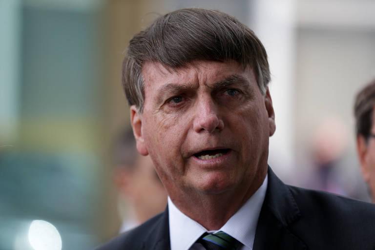 Seja feliz, tudo acaba um dia, diz Bolsonaro em recado a Rodrigo Maia
