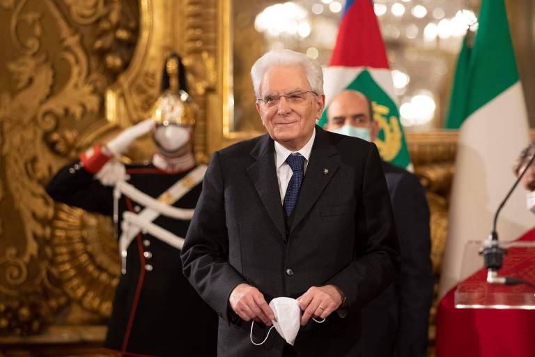Após 3 dias, presidente da Itália encerra negociações inclinado a reviver coalizão