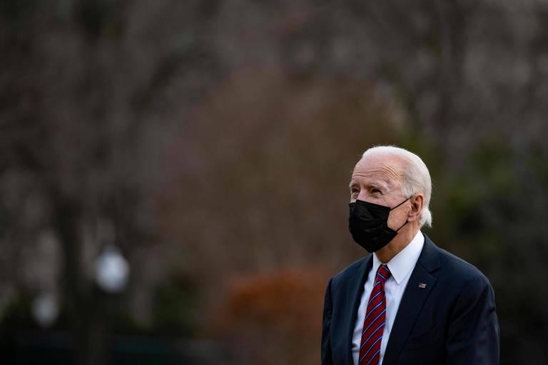 O presidente dos EUA, Joe Biden, chega à Casa Branca, em Washington