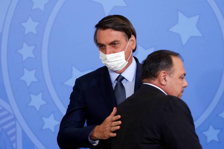 Bolsonaro defende Pazuello e diz que ministro é 'tremendo de um gestor'